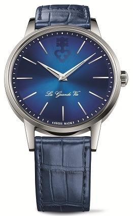 Das Heritage Modell von Corum: La Grand Vie in strahlendem Blau