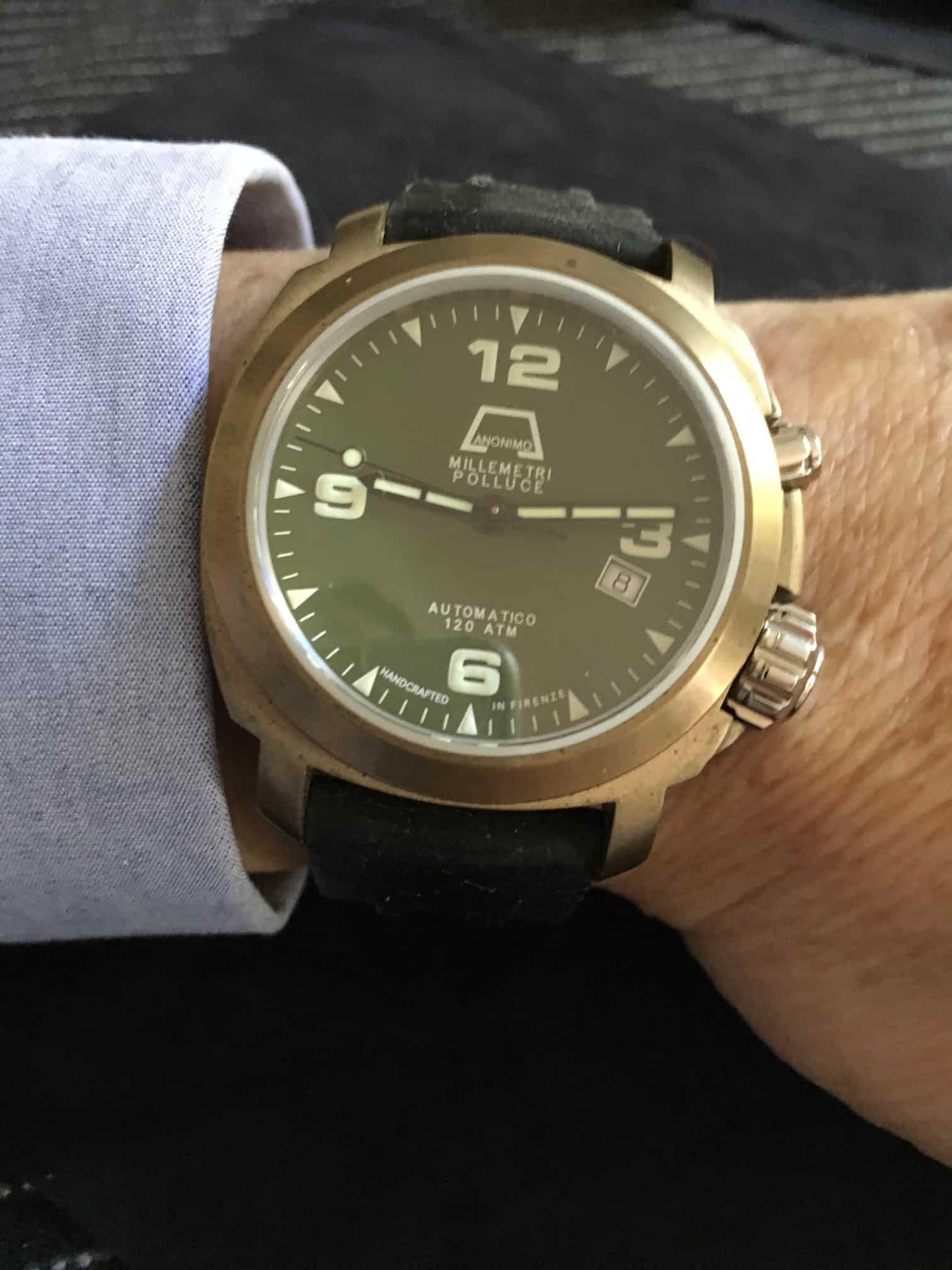 Vintage-Uhr und Sammleruhren von Schönheit - wie diese Anonimo Nautilo mit blauem Zifferblatt und Stahlarmband