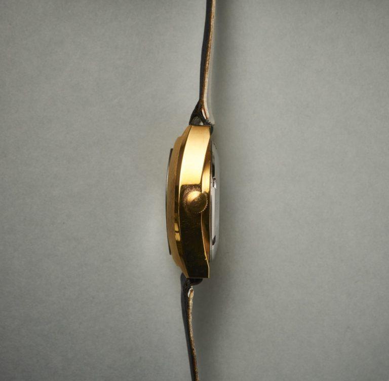 """Die Höhe des Gehäuse der """"Directime"""" Armbanduhr von Itraco ist beachtliche 11 mm hoch"""