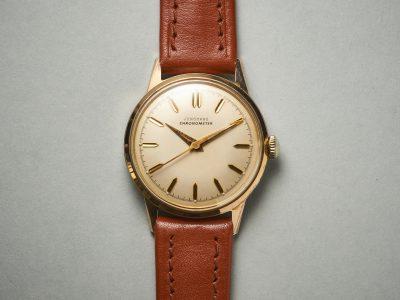 Junghans und die Geschichte des Chronometers mit dem Kaliber J82Dieser Junghans  Chronometer erzählt von tiefen Tälern, dunklen Tannen und feinen Uhrwerken