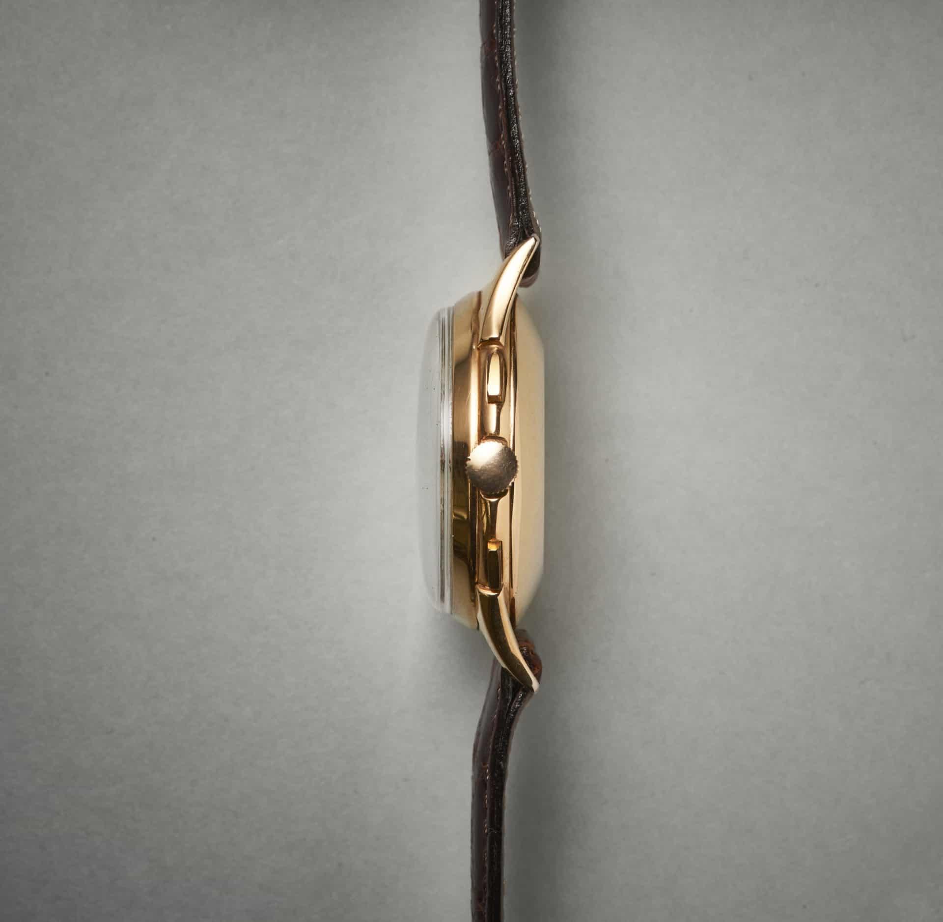 Die Drücker für den Chronographen sind nur vergoldet, entsprechend sind Abnützungsspuren zu sehen Bilder Uhrenkosmos