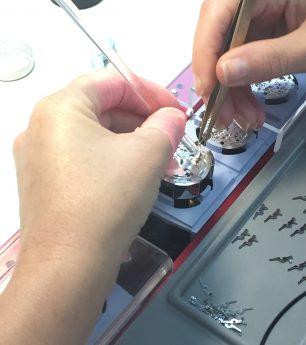 So besichtigen Sie die berühmte Uhren-Manufaktur von Zenith