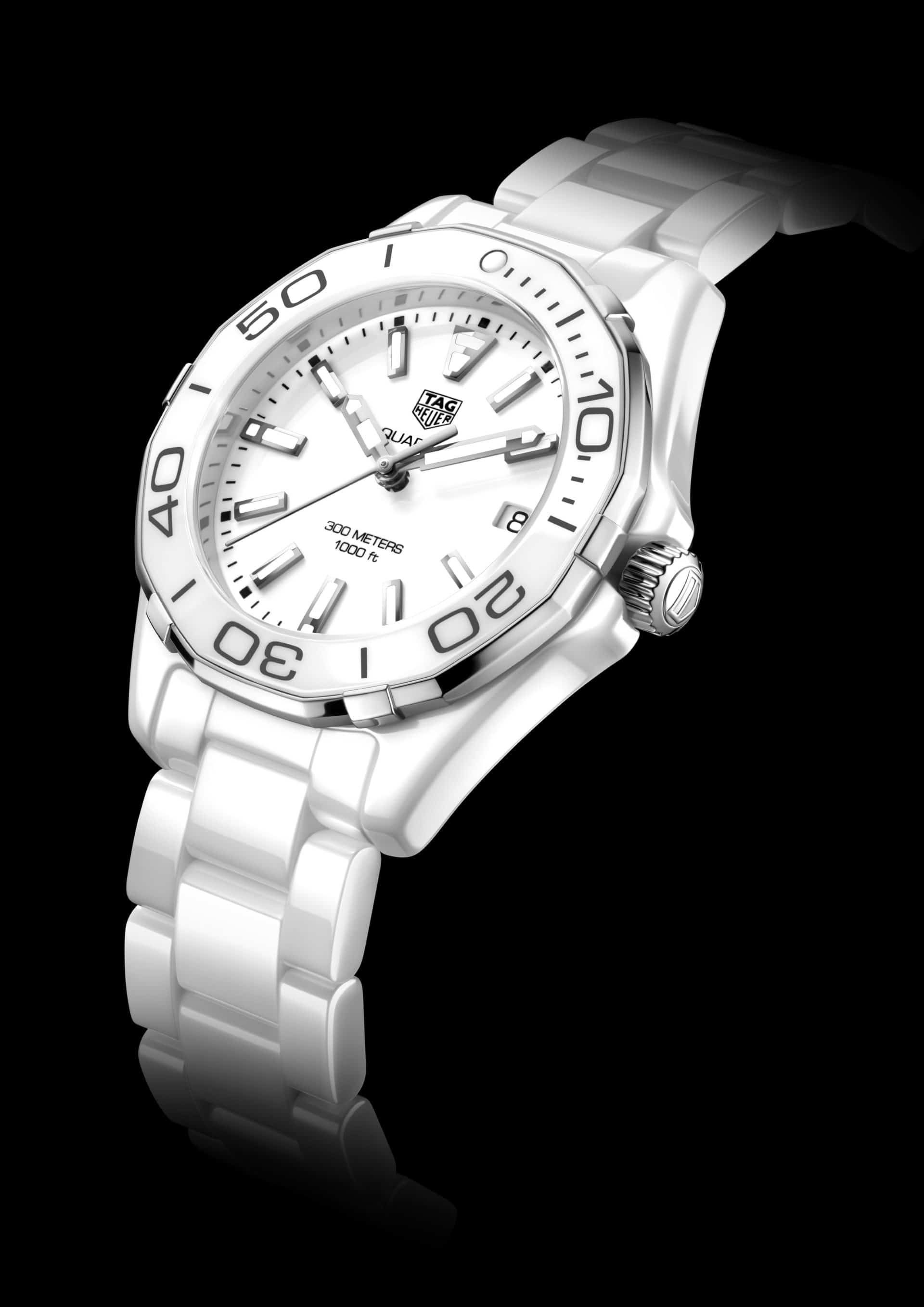 5. AQUARACER 300M LADIES 2016_PHOTOS_WAY1391.BH0717 AQRC FULL WHITE CERAMIC - PR VIEW 2016