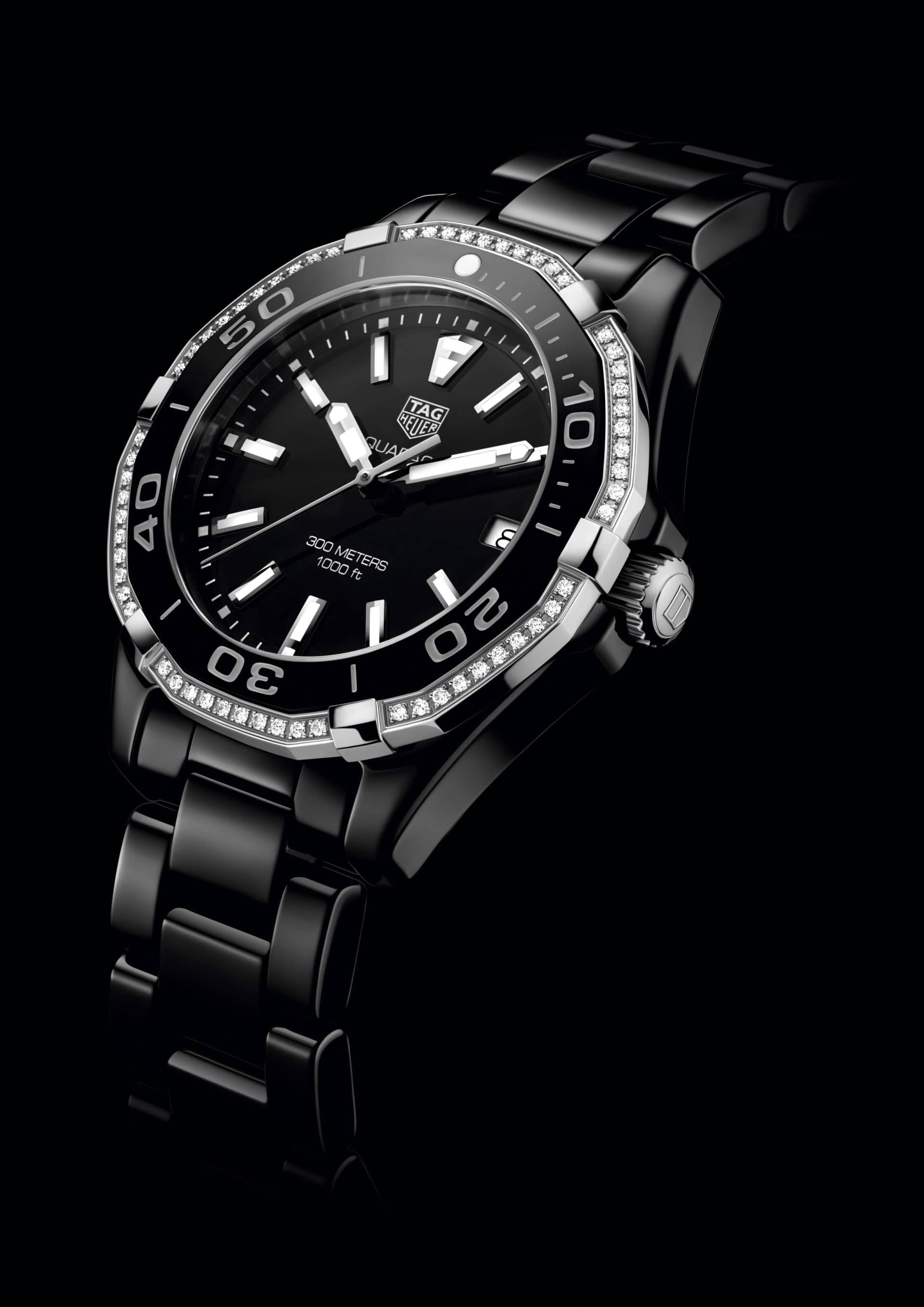 5. AQUARACER 300M LADIES 2016_PHOTOS_WAY1395.BH0716 AQRC FULL BLACK CERAMIC DIAMOND BEZEL - PR VIEW 2016