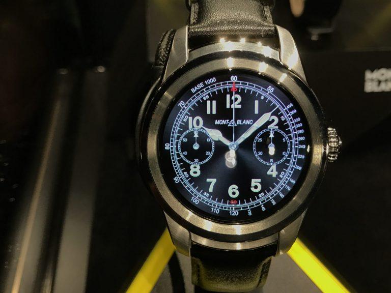 Bei näherer Ansicht erkennt man die digitale Seele der Uhr