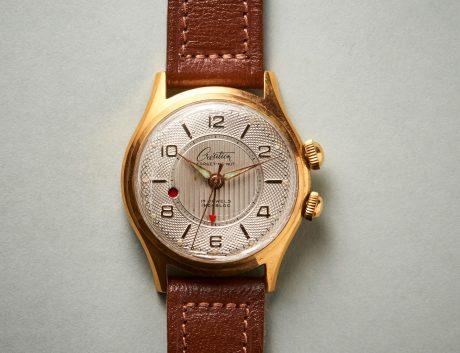 Die Création-Armbanduhr wird auch mal laut