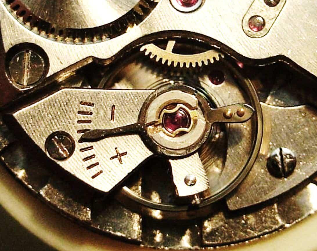 Der Steinanker eines Uhrwerks