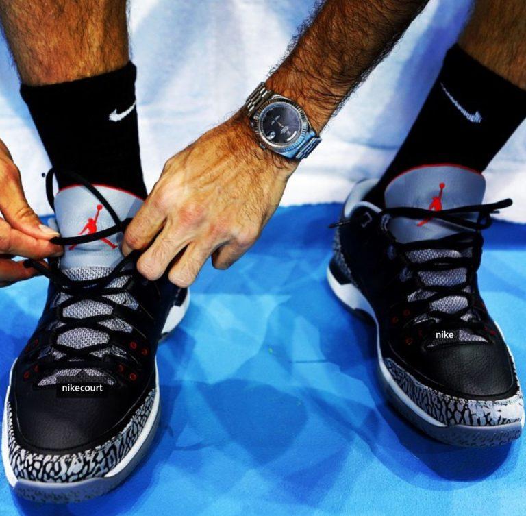 Roger Federer macht sich fertig für das Spiel