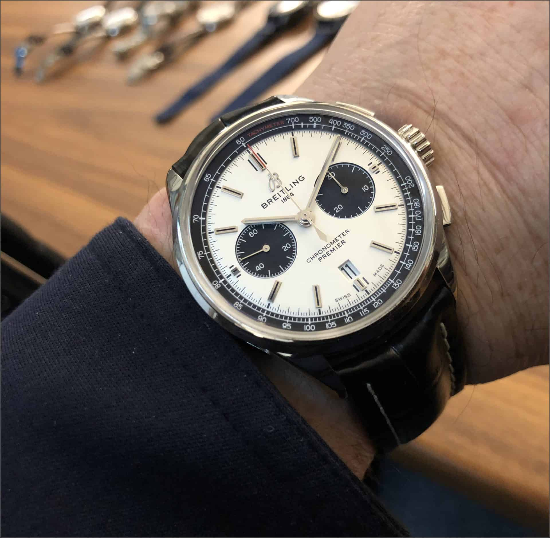 Der Panda-Look lässt grüßen: Breitling Premier B01 Chronograph 42