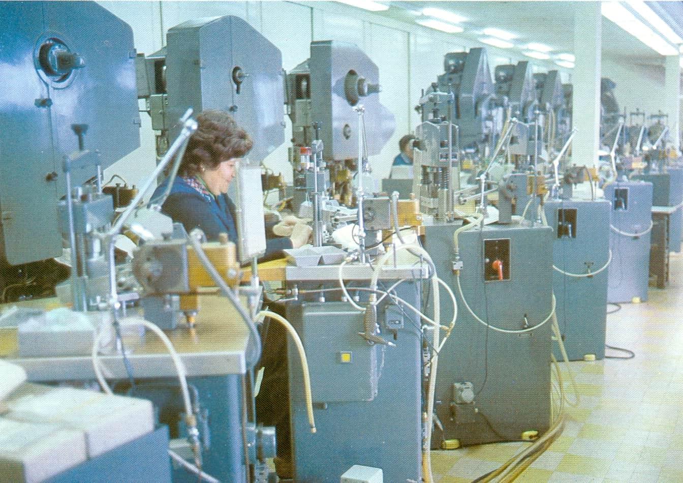 Stanzen in der alten Manufacture des Montres Rolex