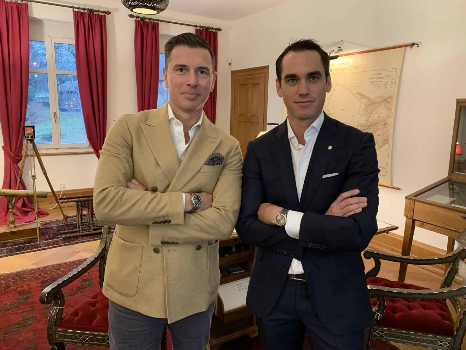 Patrick Graf, Produktverantwortlicher bei Bucherer, und Edouard Meylan, CEO von H. Moser & Cie präsentieren die Bucherer Blue Editions