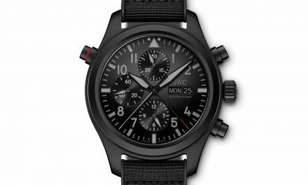 Tiefschwarz, kratzfest  und Schleppzeiger: Der IWC Pilot's Watch Double Chronograph Top Gun Ceratanium verträgt was