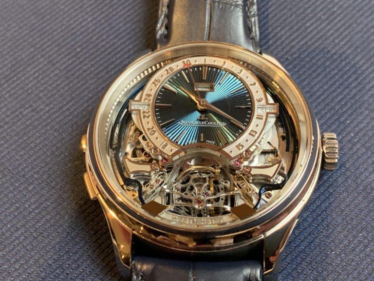 Auch in Gold eine faszinierende Uhr