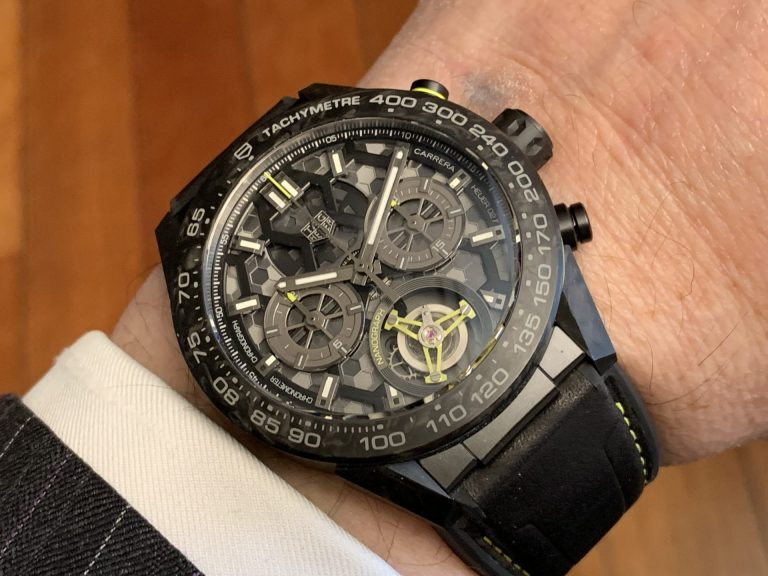 Markante Optik am Arm - die TAG Heuer Carrera Calibre Heuer 02T Tourbillon Nanograph_Foto GLB