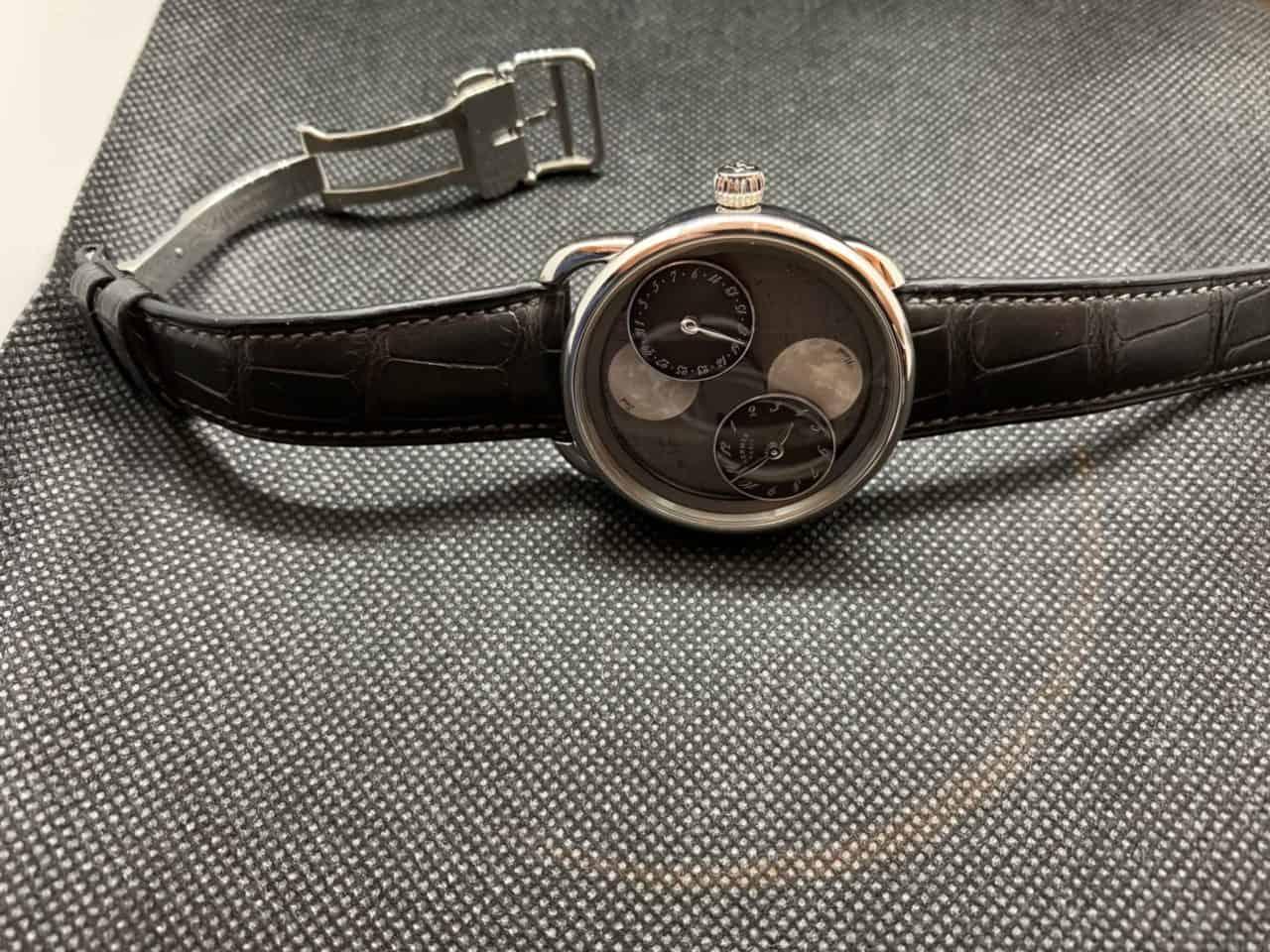 Die Hermès Arceau L'heure de la lune zeigt die Mondphasen einmal ganz anders
