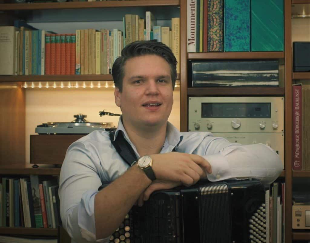 Der talentierte Mr. Staudt: Uhrmacher und Akkordeon-Virtuose