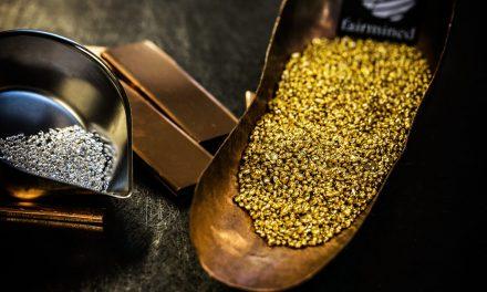 So entstehen Uhrengehäuse aus Gold – und diese Goldarten und Härtegrade gibt es