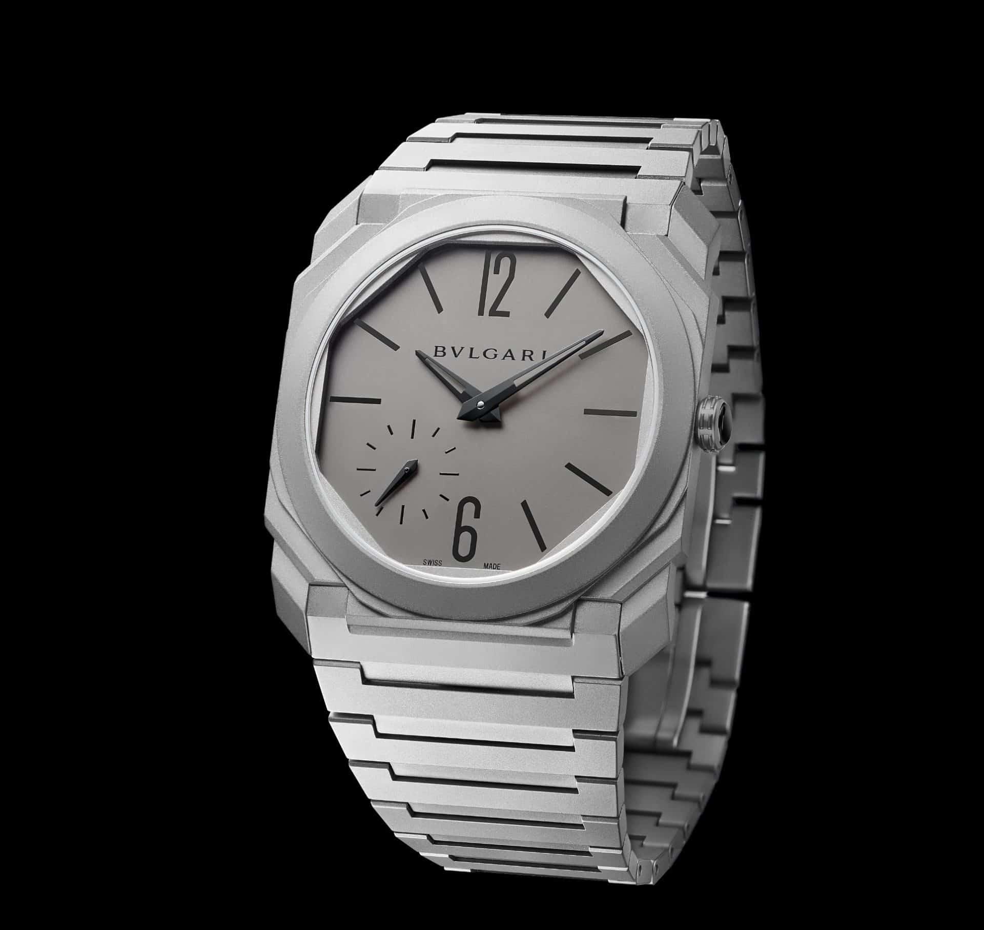 Bulgari Octo Finissimo Automatik, das ist superflacher Uhrenbau. In Titan kostet das Modell 17.800€, es gibt jedoch inzwischen auch ein Modell in Stahl.