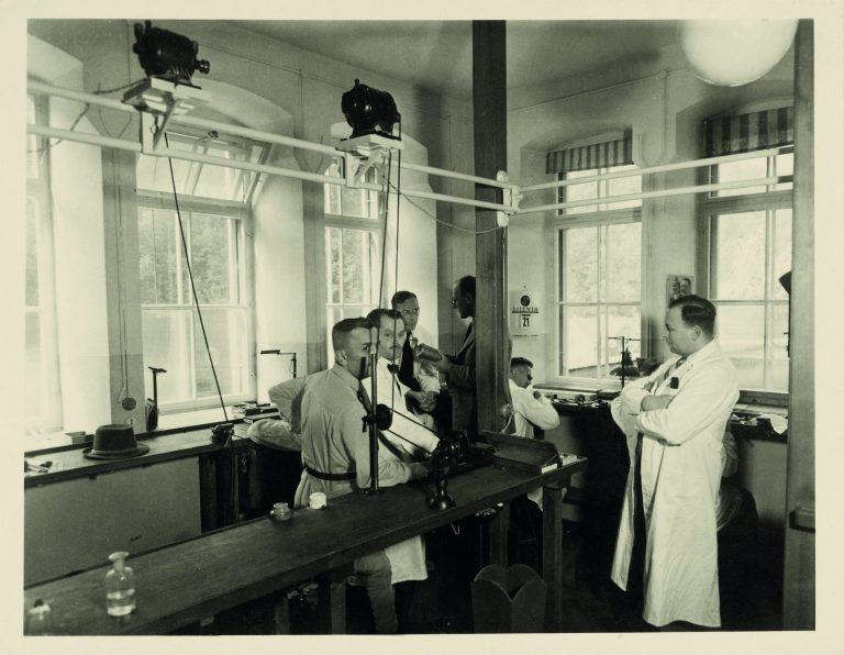1939 in Glashütte - die UROFA‑Uhren‑Rohwerke‑Fabrikation Glashütte AG sowie die UFAG ‑ Uhrenfabrik Glashütte AG