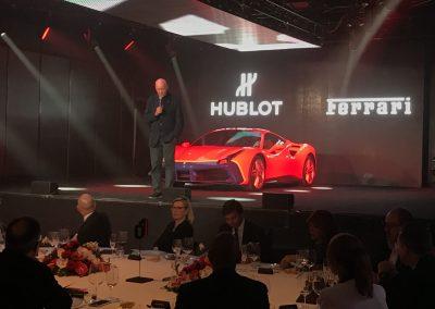 Jean-Claude Biver bei der Präsentation der Partnerschaft von Hublot und Ferrari im Jahr 1017