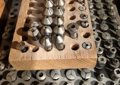 Alte Maschinenbestandteile zur Produktion der El Primero Werke