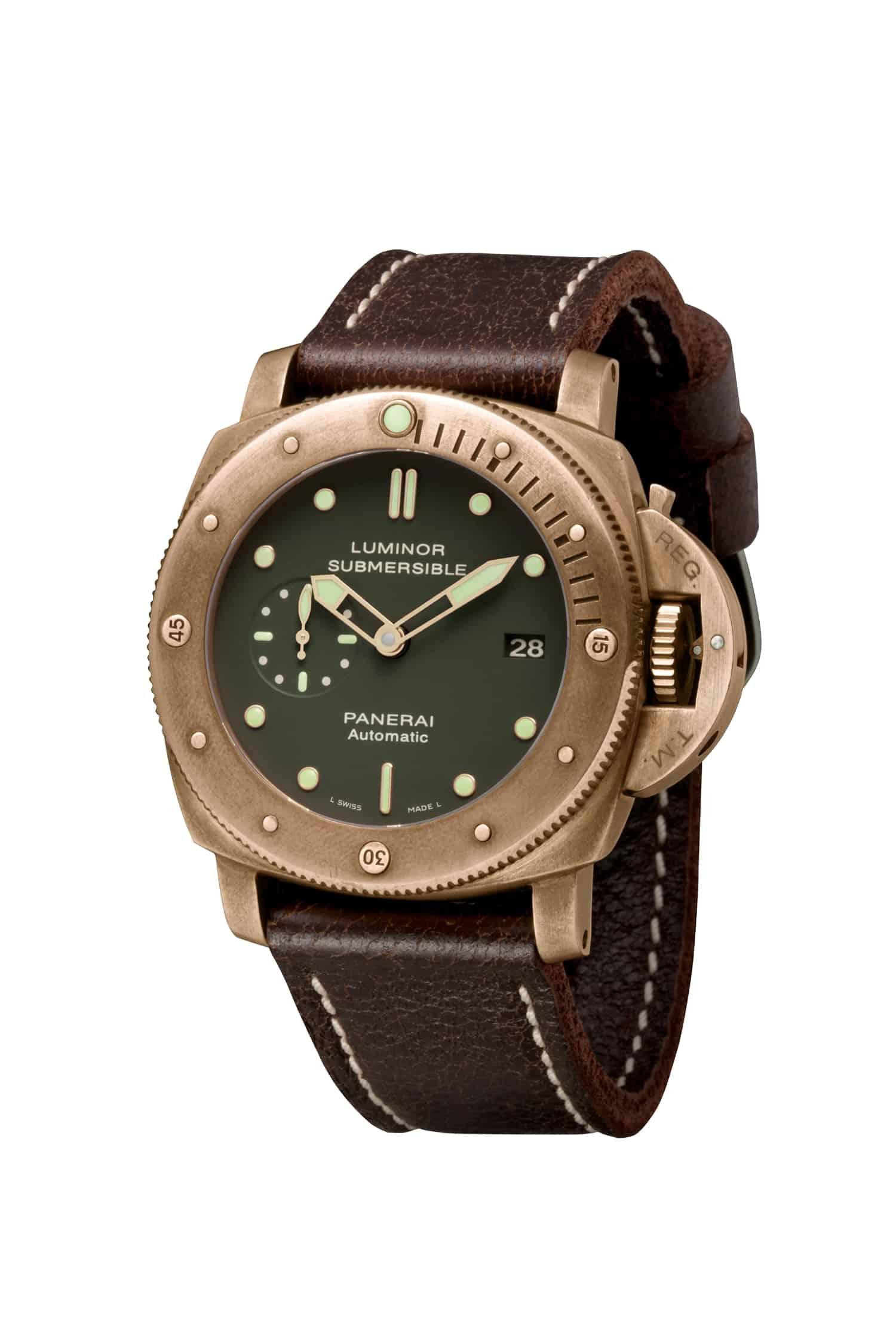 Mit der Panerai Luminor Submersible Bronzo PAM00382_1 löste das Bronze-Uhrenfieber mit aus