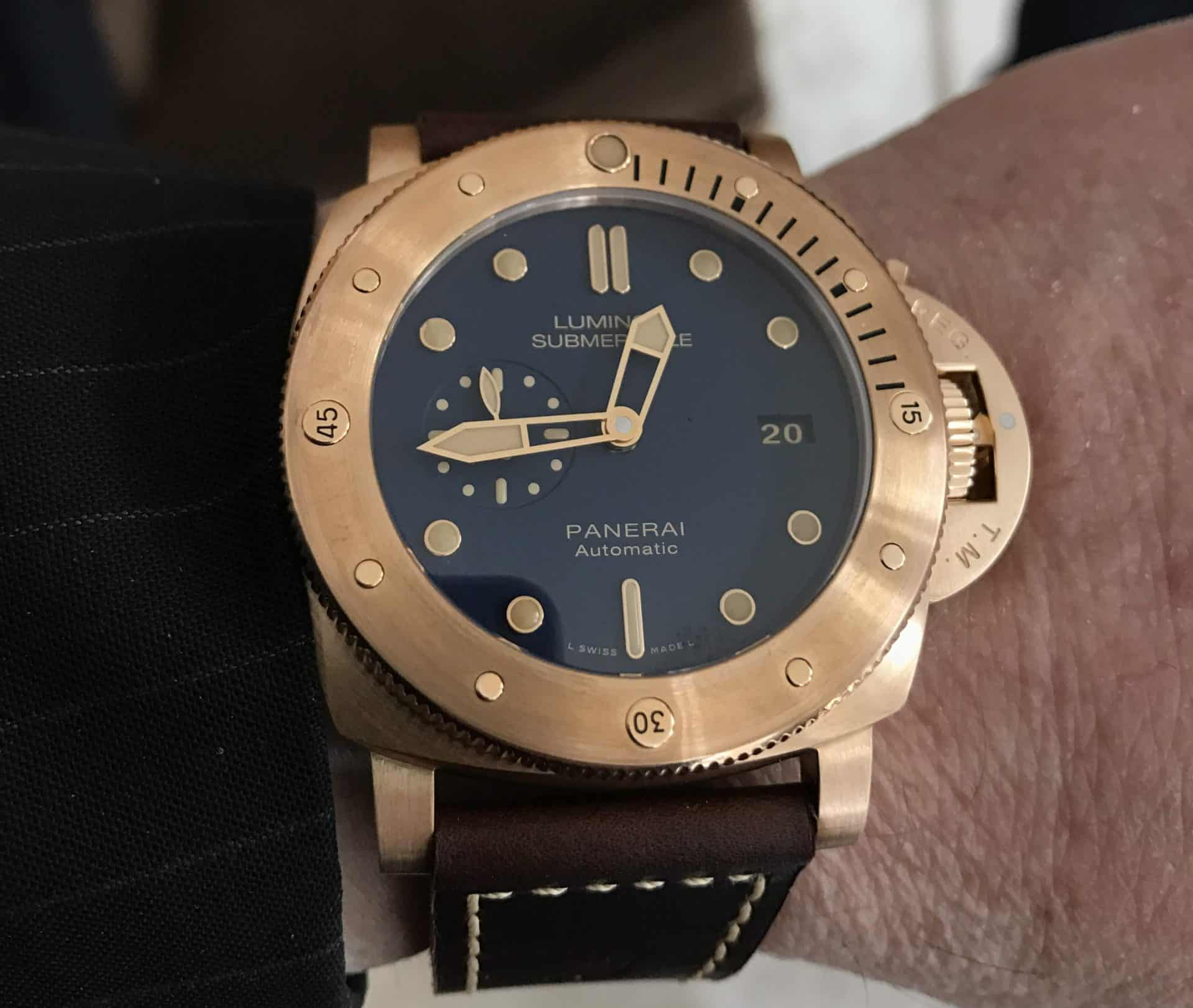 Panerai Luminor Submersible Bronzo PAM00671_1_Close-up