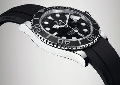 Das Edelstahlgehäuse der Rolex Yacht-Master wirkt schlank