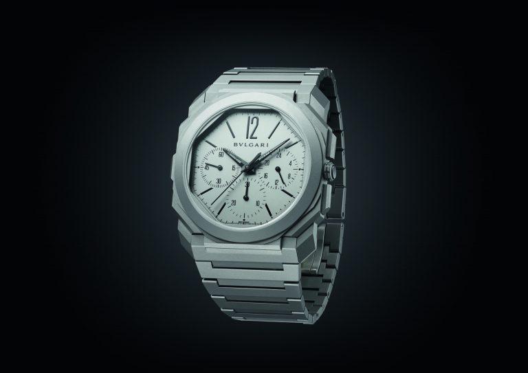 Viel flacher wird wohl kaum noch gehen - der Bulgari Octo Finissimo Chronograph GMT