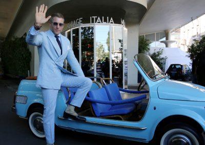 Lapo Elkann mag Blau und die Entwürfe seines Designbüros Garage Italia