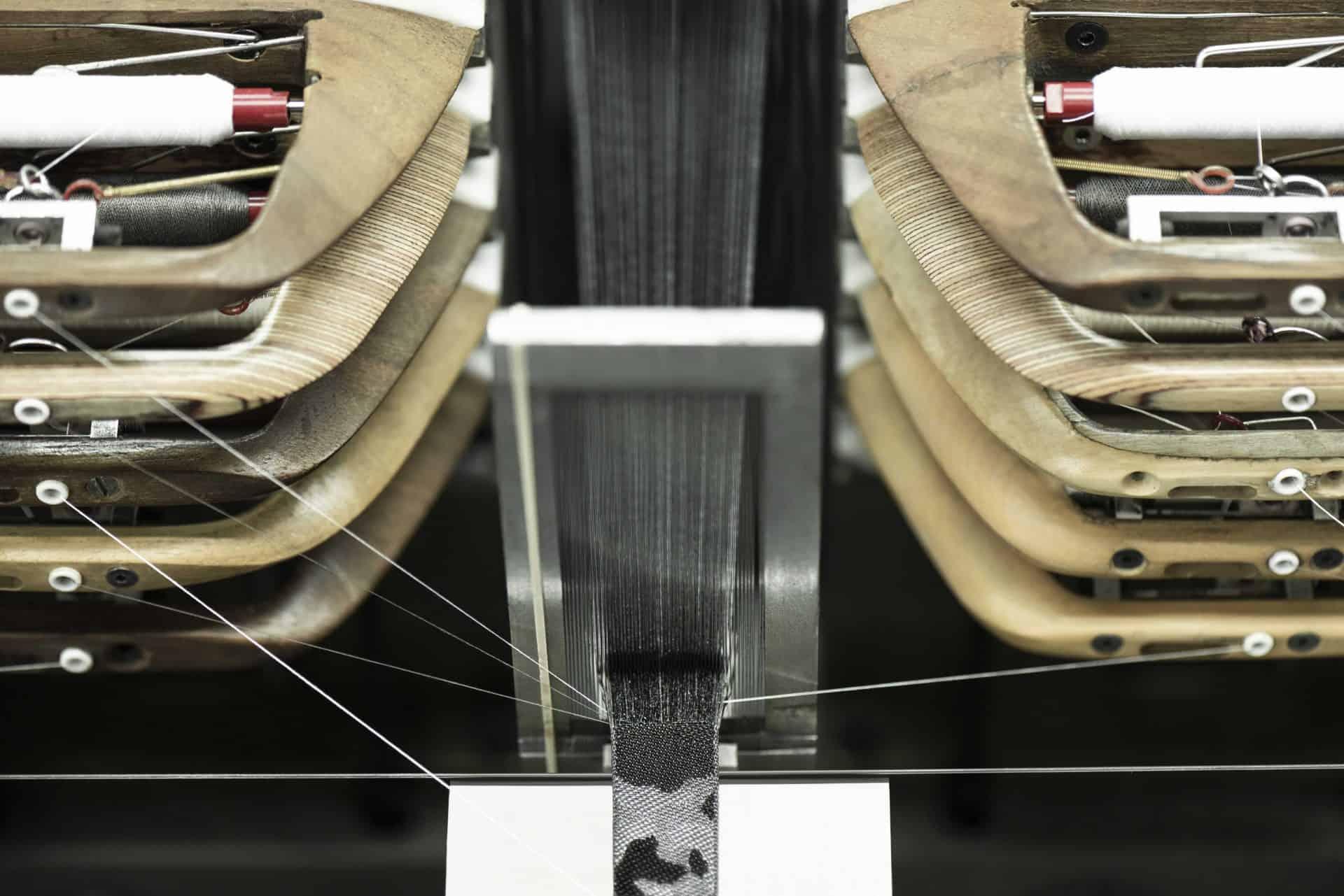 Das Weben des Armbands in den Werkstätten von Julien Faure in Lyon