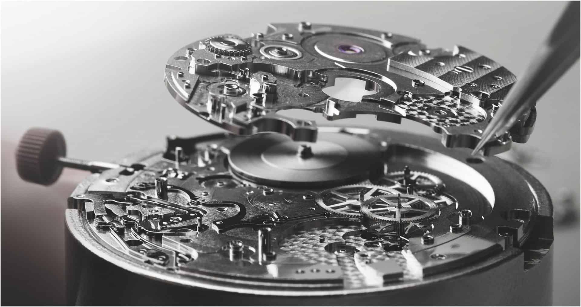 Da Kaliber BVL 318 im Bulgari Octo Finissimo Chronograph GMT ist nur 3,3 mm hoch