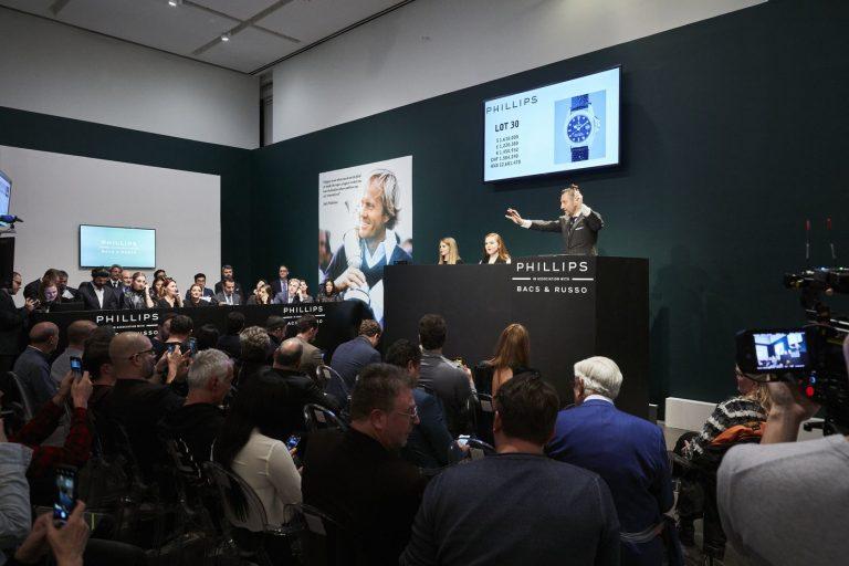 Zwölf von Phillips angebotene Uhren brachten 2019 mehr als 1 Million Dollar ein