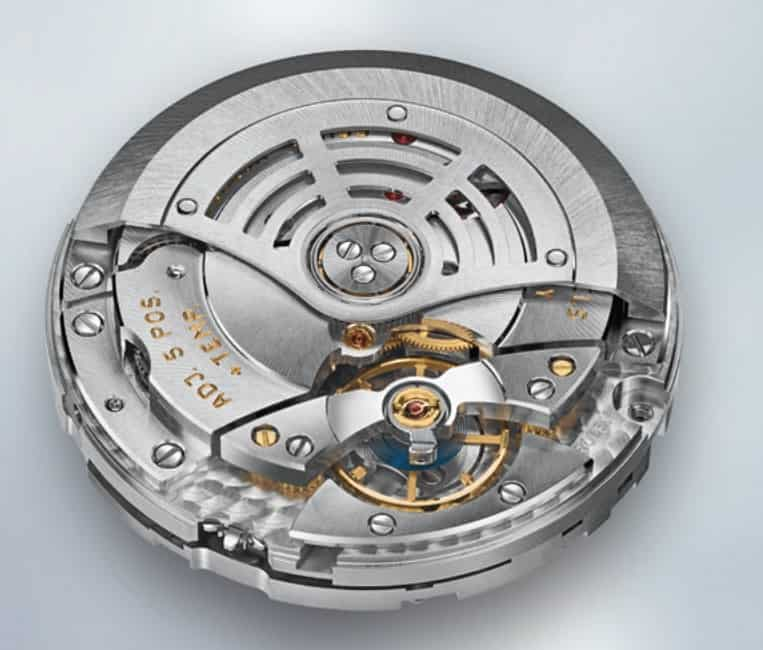 Die Rolex Sky-Dweller Kaliber 9001 bietet technische Innovation