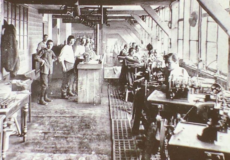 Die Räume der Produktion der Freres Stern Zifferblätter in Genf
