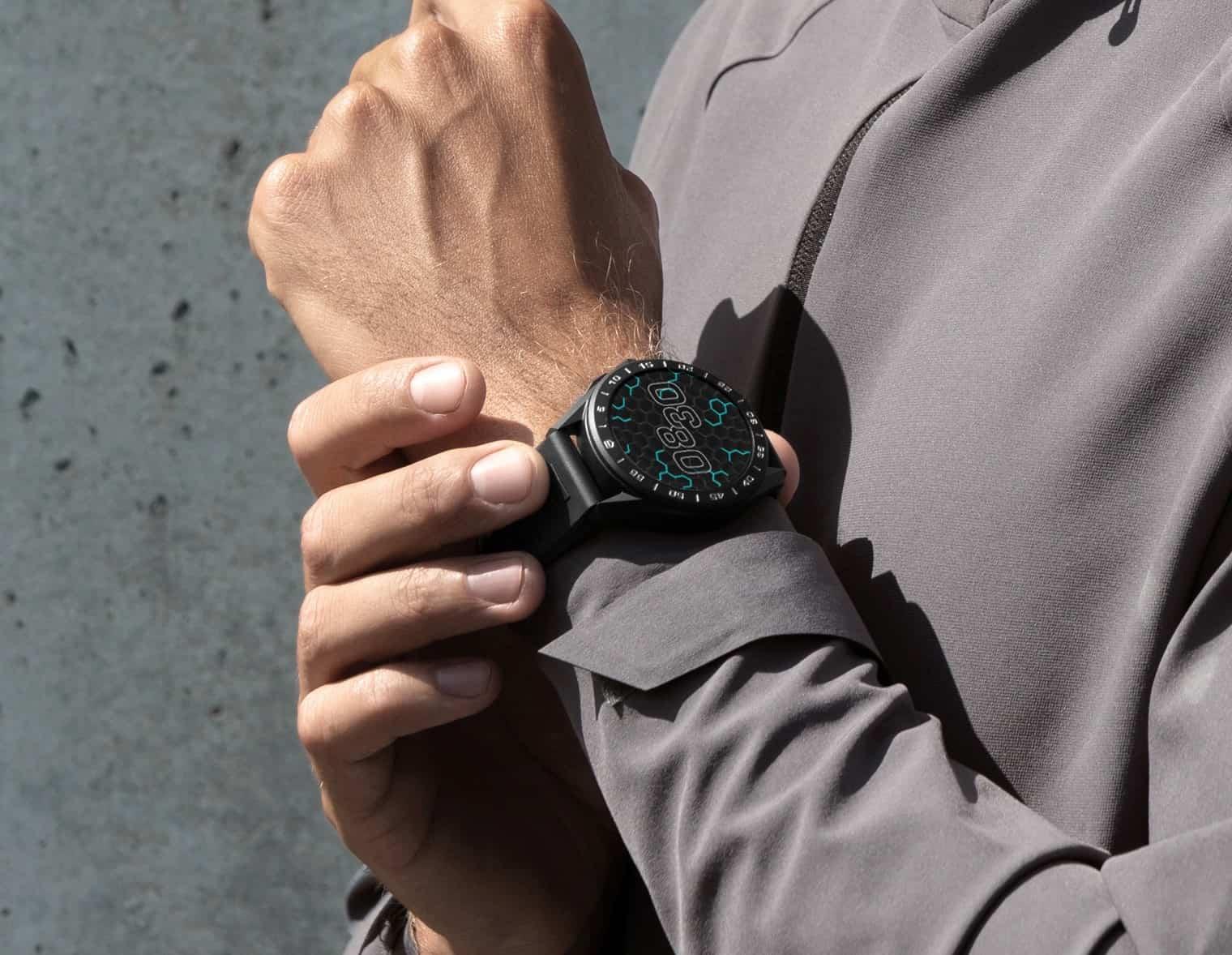GPS wie Pulsmesser machen die neue TAG Heuer nun auch zu einer Fitness-Uhr