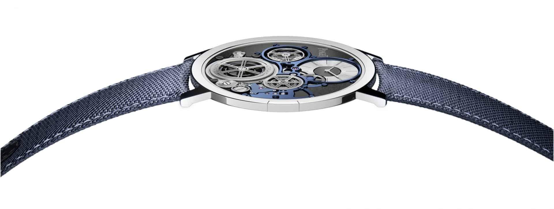 """Die blaue Piaget """"Altiplano Ultimate Concept mit ihrem superflachen Profil"""