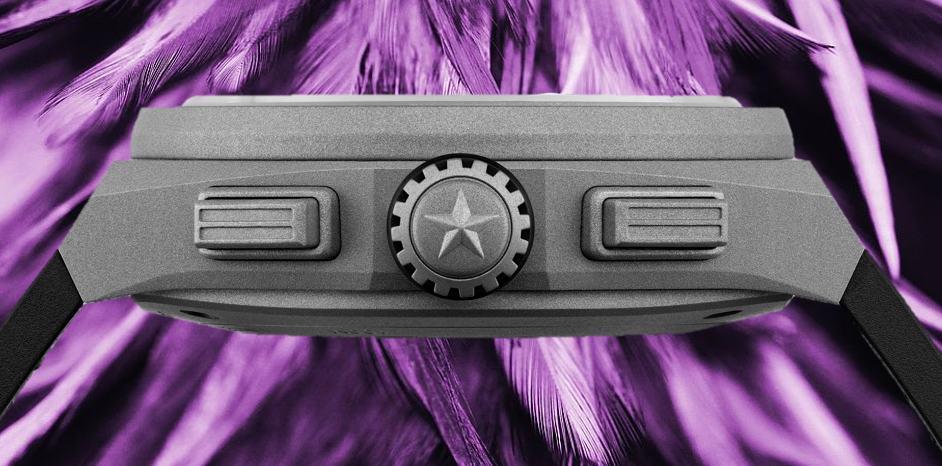 Das Gehäuse der  Zenith Defy 21 Violet ist aus Titan