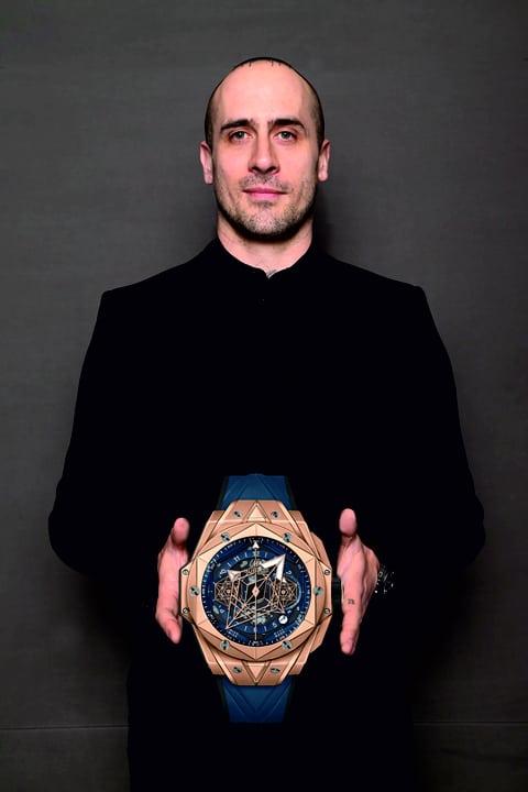 Maxim Büchi und Hublot Big Bang Sang Bleu II King Gold Uhrenkosmos