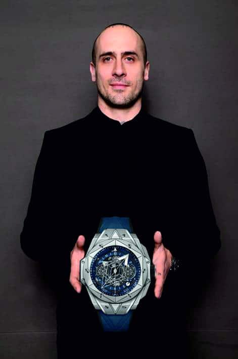 Maxime Büchi, der Gestalter der Uhr mit der Hublot Big Bang Sang Bleu II mit Titangehäuse