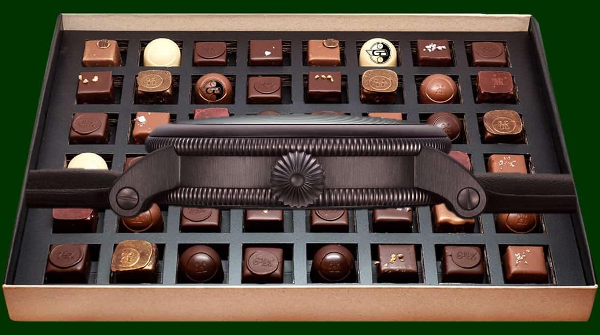 Im Laufe des ersten Jahres erhält der Käufer vier saisonale Lieferungen handgemachter Pralinen von Max Chocolatier