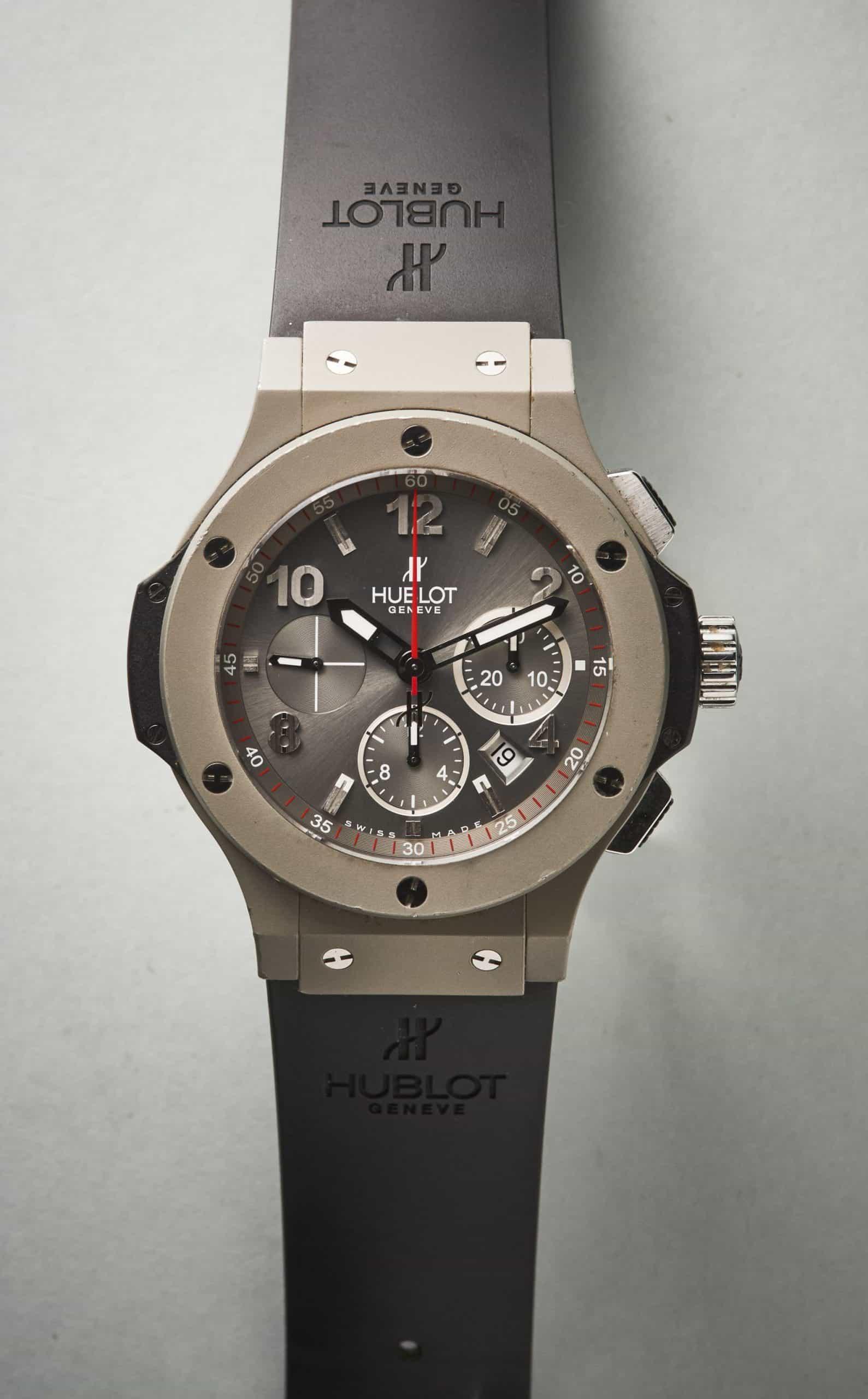 Uhren aus Aluminium wie die Hublonium Aluminium-Gehäuse der Hublot Mag Bang Referenz 320.UI.440.RX werden selten