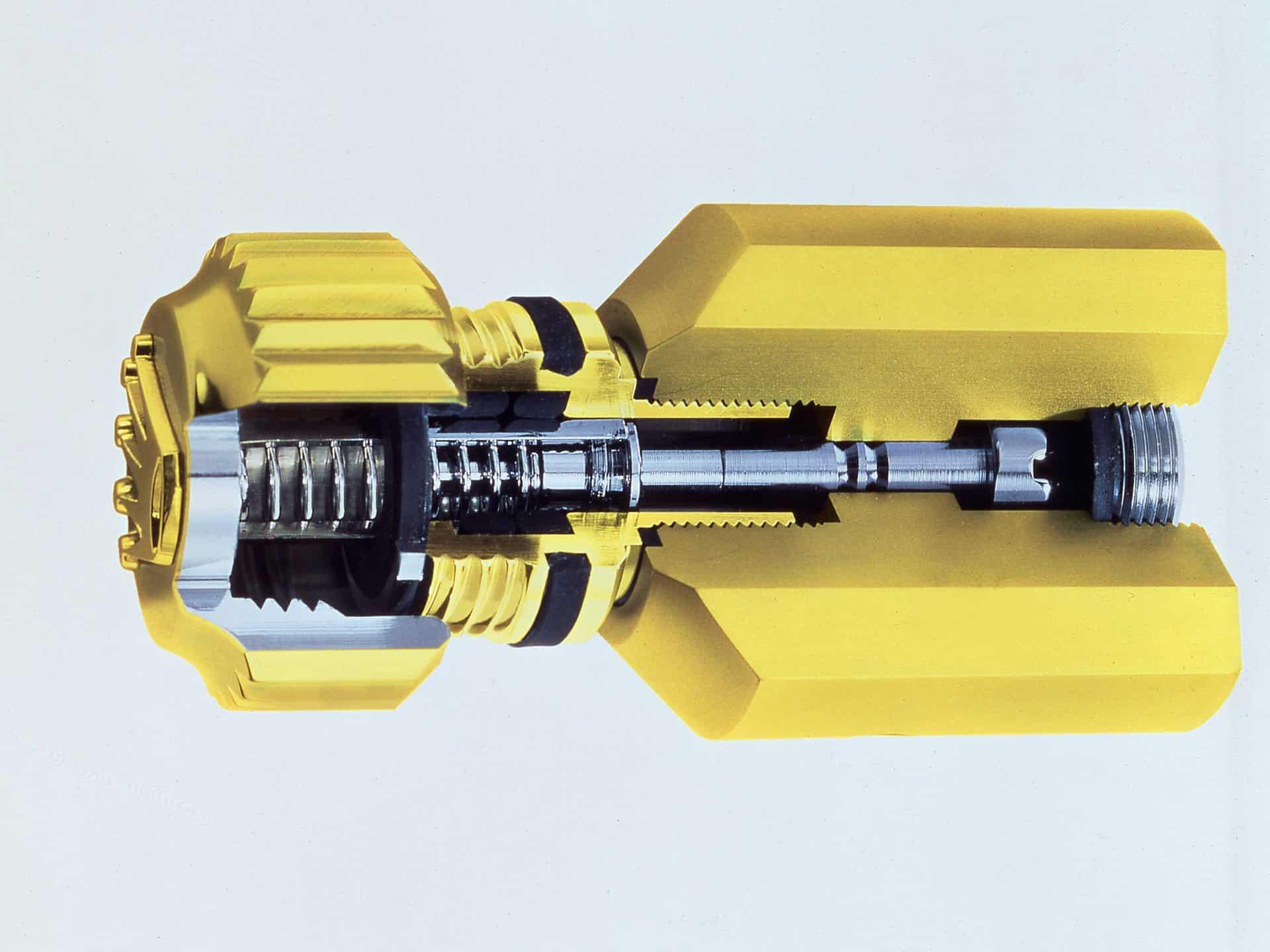 Absolut dicht bis mehrere hundert Meter Wassertiefe - das Rolex Triplock System im Aufbau.