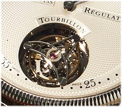Die Komplikation Fliegendes Tourbillon des Chronoswiss Regulateur Handaufzugskaliber C.361