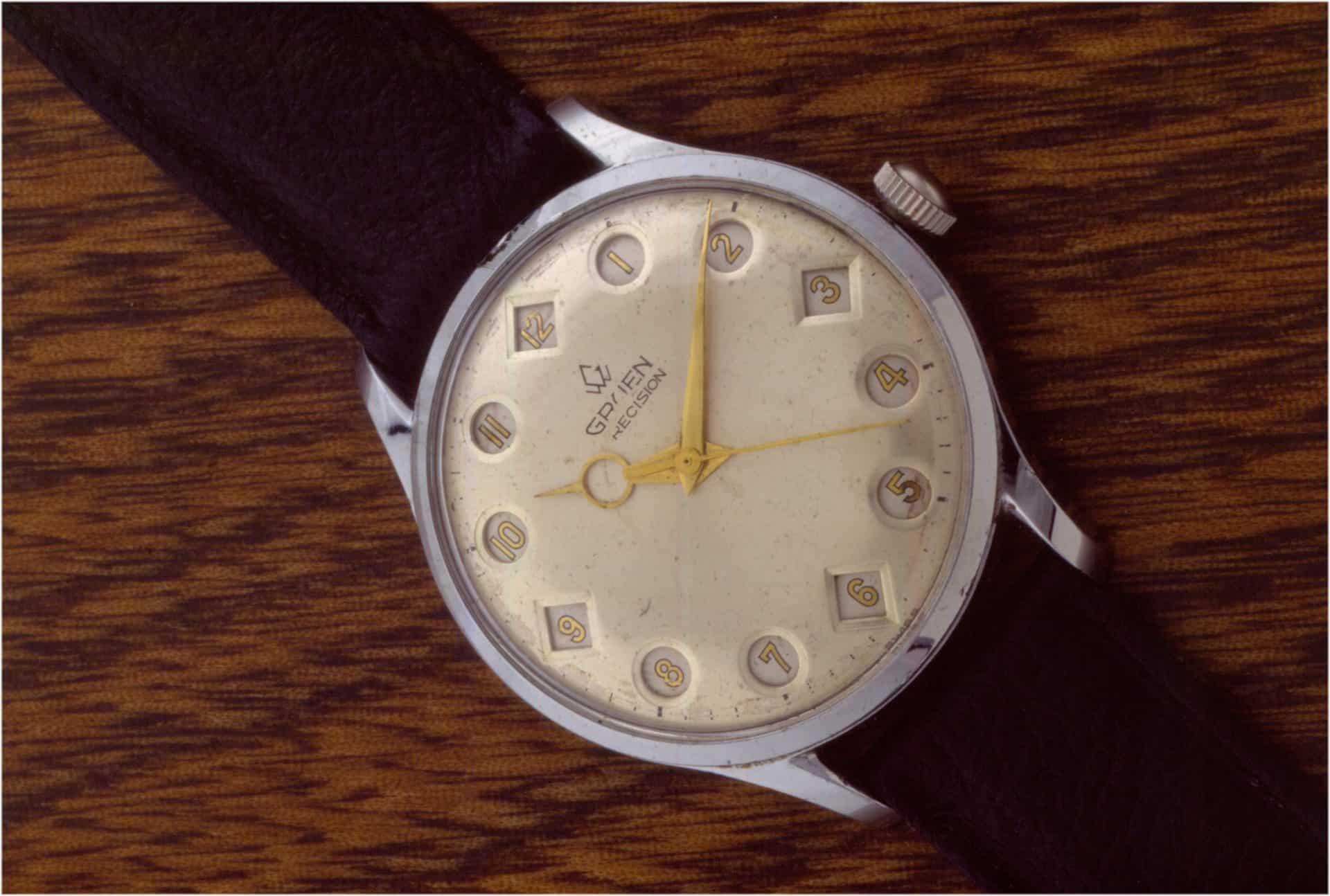 Gruen Precision Super G Springende Stunden mit Anzeige der Stunden von 1 bis 12