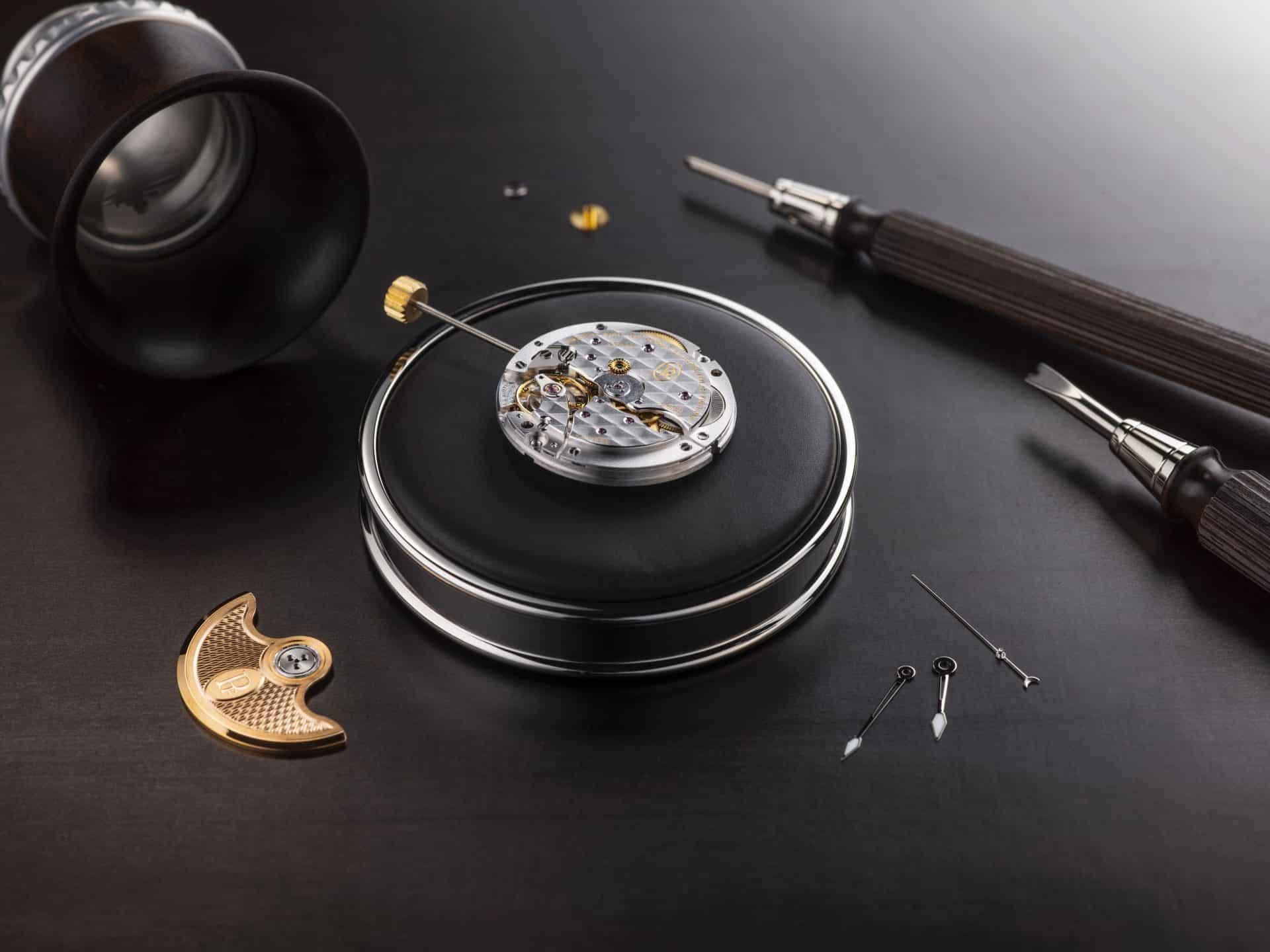 Parmigiani Automatikkaliber PF441 und sein massivgoldener Rotor