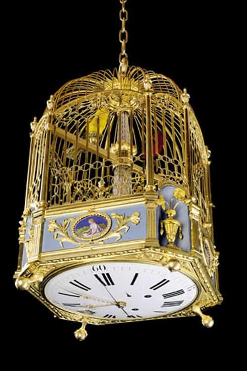 Der von Michel Parmigiani restaurierte Singvogelkäfig mit Uhr