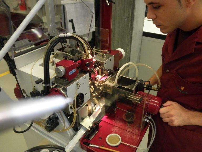 Stahlbearbeitung bei Rolex