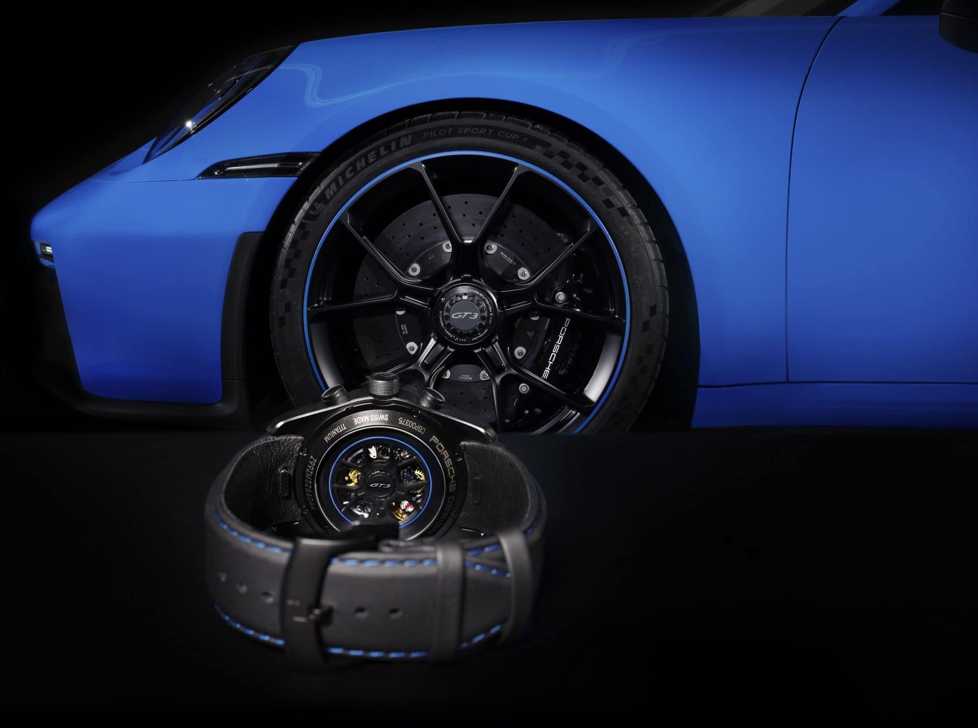 Porsche Design Uhrenkonfigurator machts möglich: Rotor, Armband und Bandnähte nach Wahl