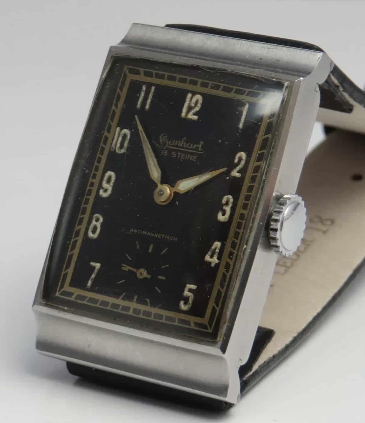 Hanhart Uhr mit rechteckigem Gehäuse der 1930er Jahre